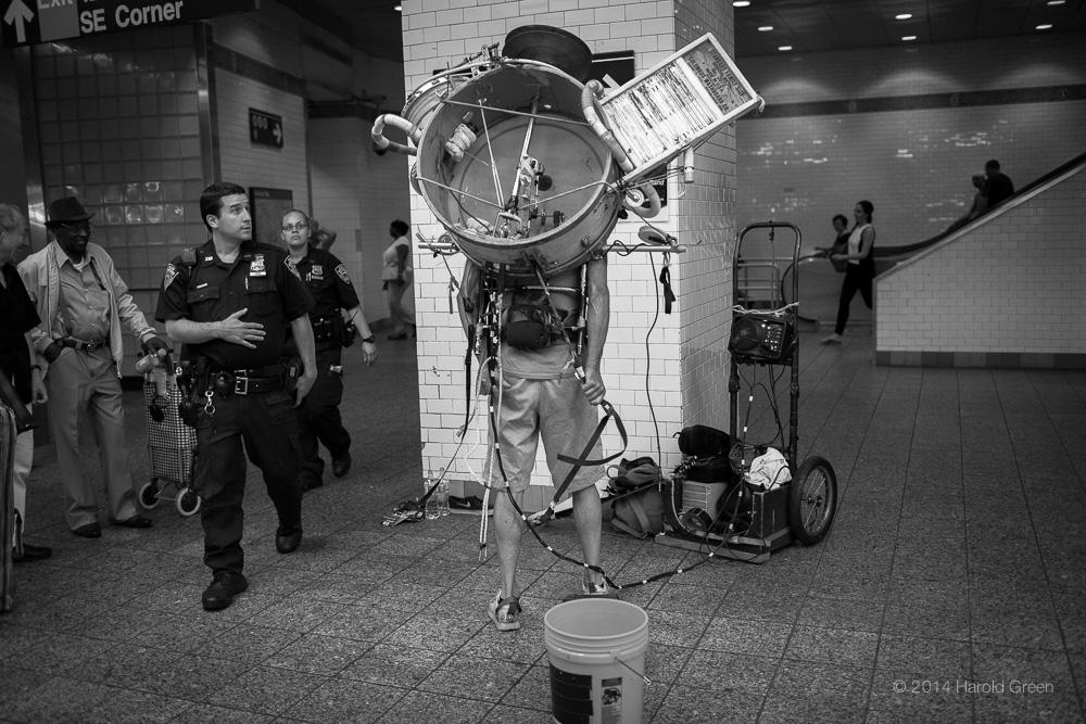 Showtime. New York City © 2014 Harold Green.