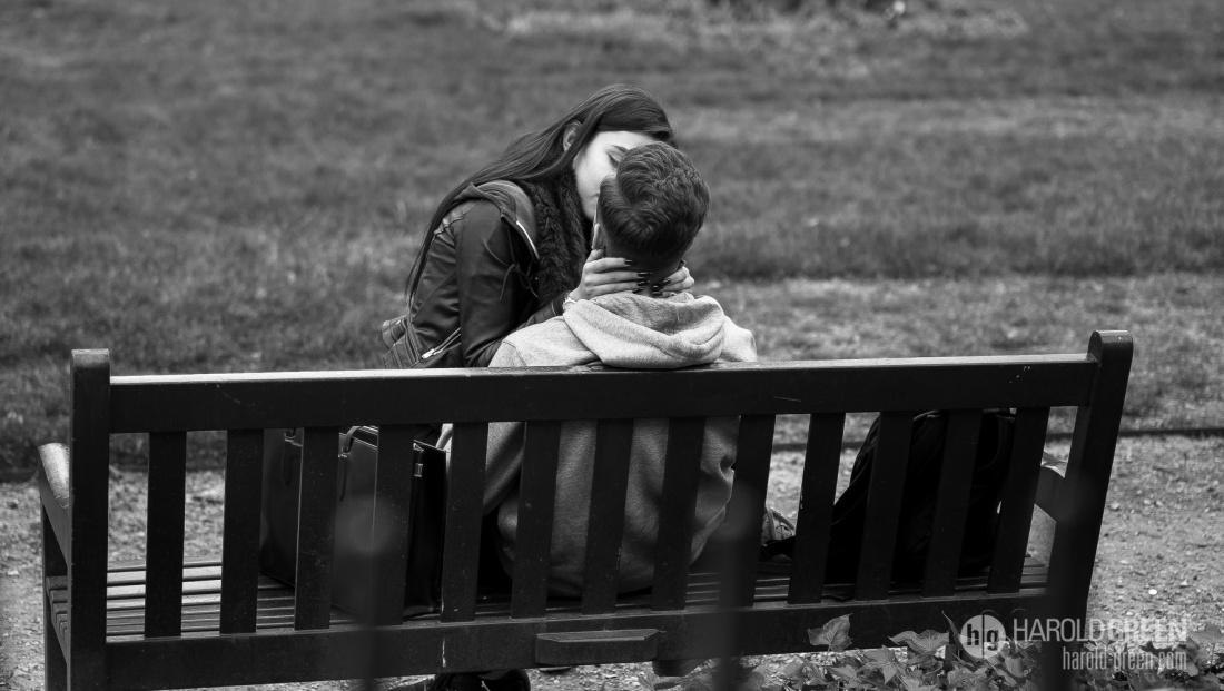 """Kiss In Berkeley Square"" London © 2015 Harold Green."